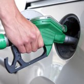 Average fuel economy increases for new cars, TrueCar reports