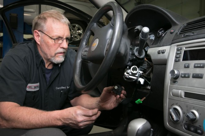 Photo: automobilemag.com Proposed legislation would require recall repairs.