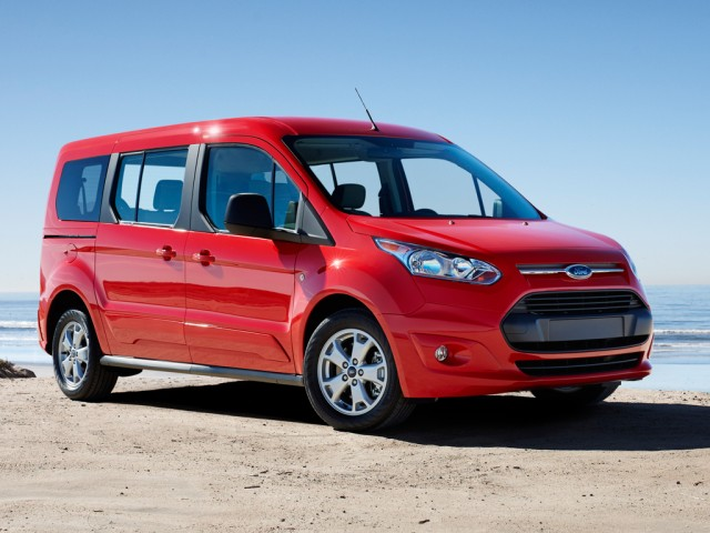 Photo: thecarconnection.com 2015 Ford Transit Connect Wagon