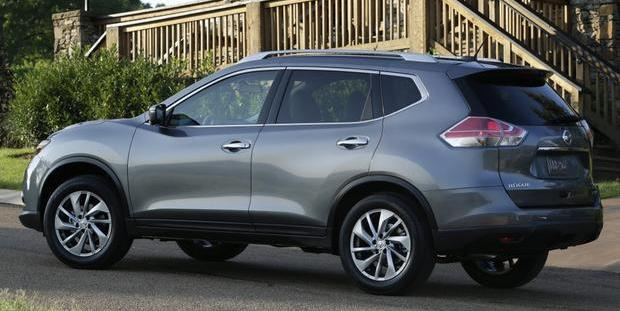 Photo: autotrader.com 2015 Nissan Rogue
