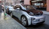 Americans crazy like a fox when considering hybrid, electric vehicles?