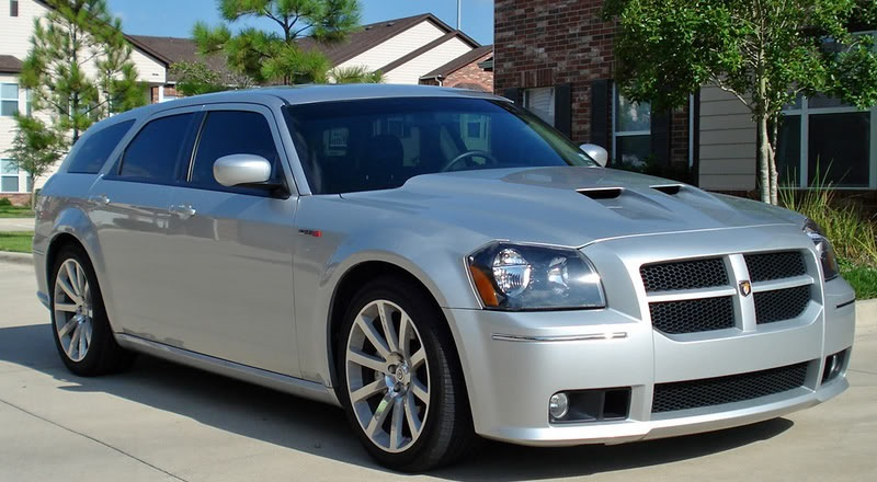 Photo: lxforums.com Nothing like a used Dodge Magnum to get a millennial's engine revving.