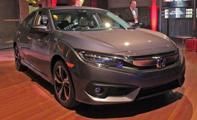 "Photo: autoguide.com Honda Civic leads ""elite group"" of 2016 models, says Kelley Blue Book."