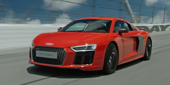Audi R8 Coupe was named 2016 World Performance Car.