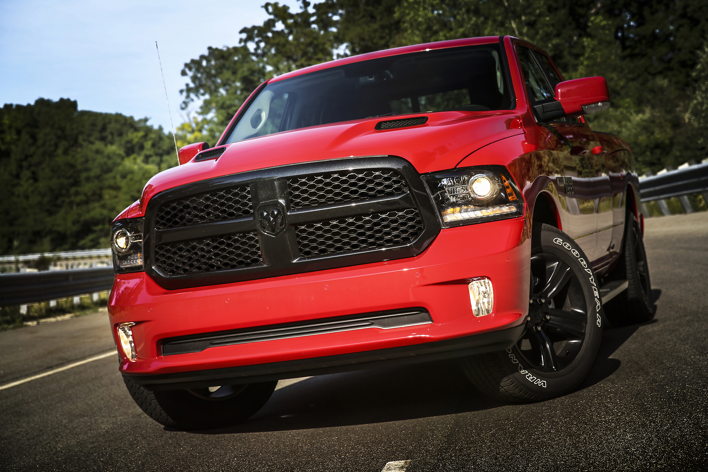What are our favorite – and least favorite – pickup truck colors of ...