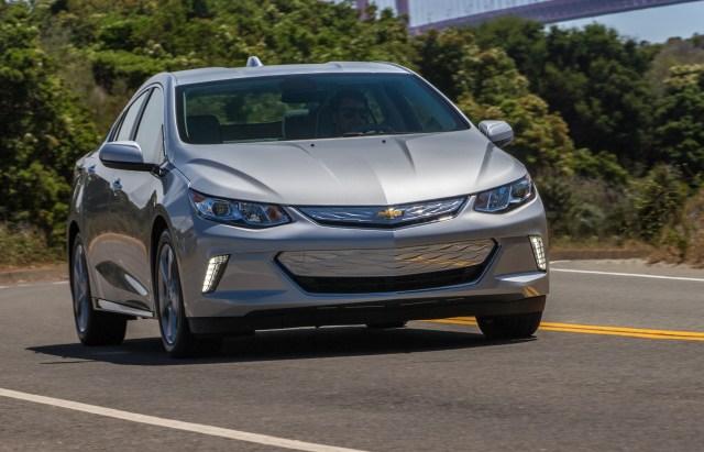 Electric vehicle tax credit