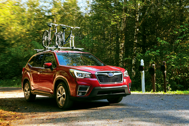 Subaru with bikes on roof