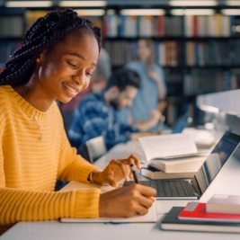 Santander Consumer USA Foundation invests in supporting minority and underrepresented student entrepreneurs